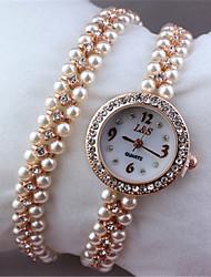 Недорогие -Жен. Модные часы Кварцевый сплав Группа Белый