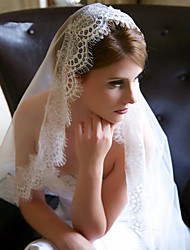 cheap -One-tier Lace Applique Edge Wedding Veil Chapel Veils with Appliques Tulle / Classic