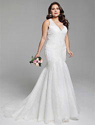 cheap -Mermaid / Trumpet V Neck Court Train Lace Regular Straps Open Back / Floral Lace Wedding Dresses with Appliques 2020