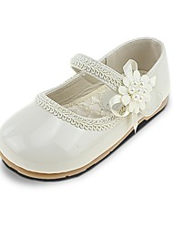 cheap -Girls' Comfort / Flower Girl Shoes Leatherette Flats Little Kids(4-7ys) Imitation Pearl / Appliques / Magic Tape Beige Spring & Summer / Wedding / Square Toe / Wedding / TPR (Thermoplastic Rubber)