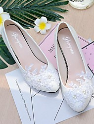 cheap -Women's Wedding Shoes Cone Heel / Low Heel Pointed Toe / Round Toe Imitation Pearl / Appliques / Flower Lace / Leatherette Slingback Spring / Fall White / Party & Evening / EU41