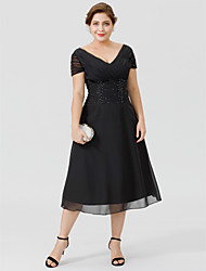 cheap -A-Line V Neck Tea Length Chiffon Short Sleeve Little Black Dress / Plus Size / See Through Mother of the Bride Dress with Beading / Side Draping 2020 / Illusion Sleeve