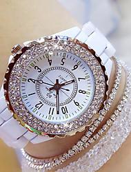 Недорогие -Жен. Дамы Наручные часы Diamond Watch обернуть часы Японский Кварцевый Керамика Черный / Белый 30 m Повседневные часы Аналоговый Кулоны Bling Bling - Белый Черный / Нержавеющая сталь