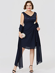 cheap -A-Line V Neck Knee Length Chiffon / Lace Sleeveless Classic & Timeless / Plus Size / Wrap Included Mother of the Bride Dress with Crystal Brooch / Ruched 2020