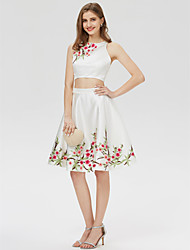 cheap -A-Line Classic & Timeless Two Piece Cute Holiday Homecoming Cocktail Party Dress Jewel Neck Sleeveless Short / Mini Satin with Embroidery Print 2020 / Prom