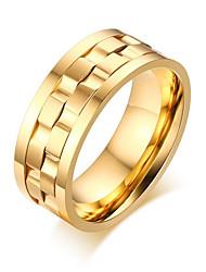 Недорогие -Муж. Жен. Кольцо Золотой Серебряный Титановая сталь Металл Стиль Свадьба Для вечеринок Бижутерия