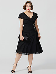 cheap -A-Line V Neck Knee Length Chiffon Short Sleeve Elegant / Sexy / Plus Size Mother of the Bride Dress with Beading / Tiered Mother's Day 2020