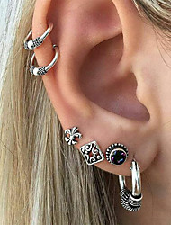cheap -Women's Stud Earrings Ear Cuff Ladies Vintage Rock Earrings Jewelry Gold / Silver For Going out Bar Six-piece Suit