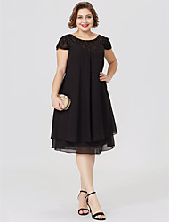 cheap -Sheath / Column Jewel Neck Knee Length Chiffon / Lace Short Sleeve Little Black Dress / Plus Size / See Through Mother of the Bride Dress with Pleats / Beading / Lace Insert 2020