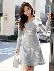 cheap -Women's Embroidery Daily / Work A Line / Sheath Dress - Solid Colored / Jacquard / Embroidered Flower V Neck Spring Light gray M L XL