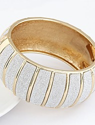 cheap -Women's Bracelet Bangles Classic Star Ladies Vintage Fashion Oversized Alloy Bracelet Jewelry Gold / Silver For Party Gift