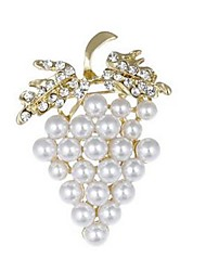 cheap -Women's Brooches Grape Ladies Fruit Imitation Pearl Imitation Diamond Brooch Jewelry Gold For Wedding Daily Masquerade Engagement Party Prom Promise