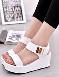 cheap -Women's Sandals Flat Heel Open Toe PU(Polyurethane) Comfort Summer White / Black