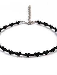 Недорогие -Жен. Ожерелья-бархатки Сердце Простой Мода Кожа Сплав Черный Ожерелье Бижутерия 1 Назначение Повседневные