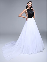 cheap -A-Line Celebrity Style Formal Evening Dress Jewel Neck Sleeveless Court Train Chiffon Satin with Crystals 2021