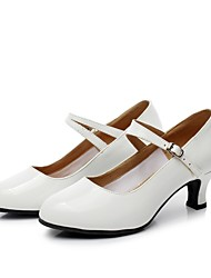 cheap -Women's Dance Shoes Modern Shoes Ballroom Shoes Salsa Shoes Line Dance Heel Splicing Customized Heel White Toggle Clasp / Indoor