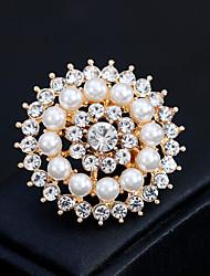 abordables -Femme Broche Fleur Européen Mode Perle Broche Bijoux Dorée Argent Pour Mariage Quotidien