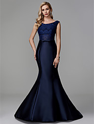 cheap -Mermaid / Trumpet Bateau Court Train Lace / Satin Elegant Formal Evening / Black Tie Gala Dress with Lace 2020