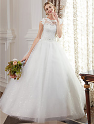 cheap -Ball Gown Wedding Dresses Jewel Neck Floor Length Lace Over Tulle Cap Sleeve Romantic Illusion Detail with Beading Appliques 2020