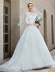 cheap -Ball Gown Wedding Dresses Bateau Neck Chapel Train Lace Tulle Long Sleeve Beautiful Back Illusion Sleeve with Appliques Crystal Brooch Button 2020