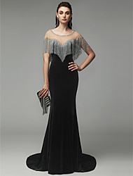 cheap -Mermaid / Trumpet Scoop Neck Sweep / Brush Train Velvet Elegant & Luxurious / Sparkle & Shine Formal Evening / Black Tie Gala Dress with Beading 2020
