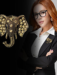 cheap -Women's Cubic Zirconia Brooches Vintage Style Stylish Elephant Creative Statement Fashion British Brooch Jewelry Gold Silver For Daily Holiday
