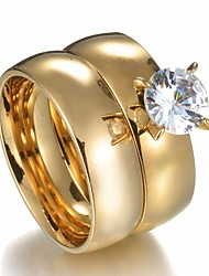Недорогие -Для пары Кольца для пар 2pcs Золотой Нержавеющая сталь Круглый Дамы Стиль Простой Свадьба Подарок Бижутерия Классический Пасьянс Корона
