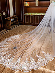 cheap -Two-tier Sweet Style / Lace Applique Edge Wedding Veil Cathedral Veils with Appliques Lace / Tulle / Mantilla