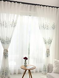 abordables -Moderne Rideaux opaques Deux Panneaux Pur / Chambre à coucher
