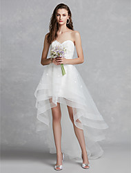 cheap -A-Line Wedding Dresses Sweetheart Neckline Asymmetrical Lace Tulle Strapless Beautiful Back with Appliques 2020