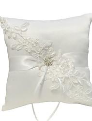 cheap -Cloth Demin Bandage / Crystals / Rhinestones Lace Ring Pillow Classic Theme / Wedding All Seasons