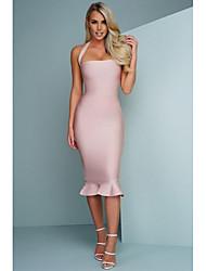 cheap -Sheath / Column Strapless Knee Length 65% Rayon / 35%Polyester Elegant Wedding Party Dress with Cascading Ruffles / Bandage 2020