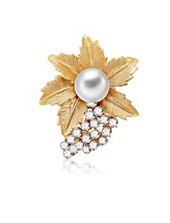 cheap -Women's Freshwater Pearl Brooches Rope Flower Ladies Sweet Fashion Cute Brooch Jewelry Gold For Birthday Bar