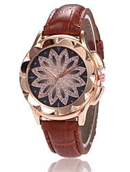 cheap -Women's Wrist Watch Quartz Leather Black / White / Blue Casual Watch Imitation Diamond Analog Ladies Flower Fashion - Brown Red Pink