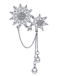 cheap -Women's AAA Cubic Zirconia Brooches Snowflake Ladies Korean Pearl Silver Plated Austria Crystal Brooch Jewelry Silver For Daily Cosplay Costumes