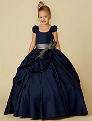 cheap -Ball Gown Floor Length Flower Girl Dress - Taffeta Short Sleeve Scoop Neck with Bow(s) / Belt