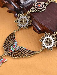 cheap -Women's Cubic Zirconia Statement Necklace Hollow Out Butterfly Gear Ladies Luxury Vintage Steampunk Rhinestone Alloy Bronze 42 cm Necklace Jewelry 1pc For Gift Carnival