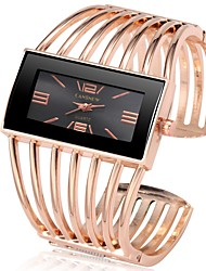cheap -Women's Luxury Watches Wrist Watch Gold Watch Quartz Stainless Steel Silver / Gold / Rose Gold Chronograph Cute New Design Analog Bangle Fashion - Gold / Black Rose Gold Black / Rose Gold One Year