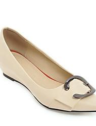 cheap -Women's Heels Wedge Heel Pointed Toe Buckle PU Sweet / Minimalism Spring Black / White / Pink / Daily / 2-3