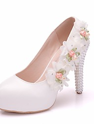 cheap -Women's PU(Polyurethane) Spring &  Fall Sweet Wedding Shoes Platform Round Toe Imitation Pearl / Satin Flower White