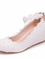 cheap -Women's Lace / PU(Polyurethane) Spring &  Fall Sweet Wedding Shoes Wedge Heel Round Toe Imitation Pearl / Buckle / Stitching Lace White / Pink