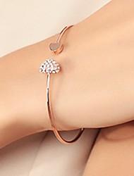 cheap -Women's Cubic Zirconia Cuff Bracelet Classic Heart Romantic Fashion Elegant Rhinestone Bracelet Jewelry Gold / Silver For Daily Birthday