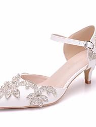 cheap -Women's PU(Polyurethane) Spring & Summer Minimalism Wedding Shoes Low Heel Pointed Toe Rhinestone / Buckle White / EU41