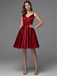 cheap -A-Line V Neck Short / Mini Satin Hot / Red Cocktail Party / Homecoming Dress with Pleats 2020
