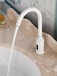 cheap -Bathroom Sink Faucet - Touch / Touchless Electroplated Free Standing Hands free One HoleBath Taps / Brass
