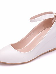 cheap -Women's PU(Polyurethane) Spring &  Fall Sweet Wedding Shoes Wedge Heel Round Toe Rhinestone / Buckle White