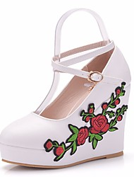 cheap -Women's Lace / PU(Polyurethane) Spring &  Fall Sweet Wedding Shoes Wedge Heel Round Toe Buckle White