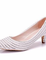 cheap -Women's PU(Polyurethane) Spring &  Fall Sweet Wedding Shoes Kitten Heel Pointed Toe Rhinestone / Imitation Pearl White