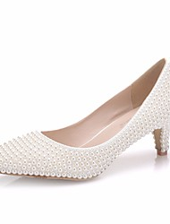 cheap -Women's PU(Polyurethane) Spring &  Fall Sweet Wedding Shoes Kitten Heel Pointed Toe Imitation Pearl White / Ivory