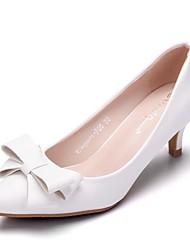 cheap -Women's PU(Polyurethane) Spring &  Fall Minimalism Wedding Shoes Kitten Heel Pointed Toe Bowknot White